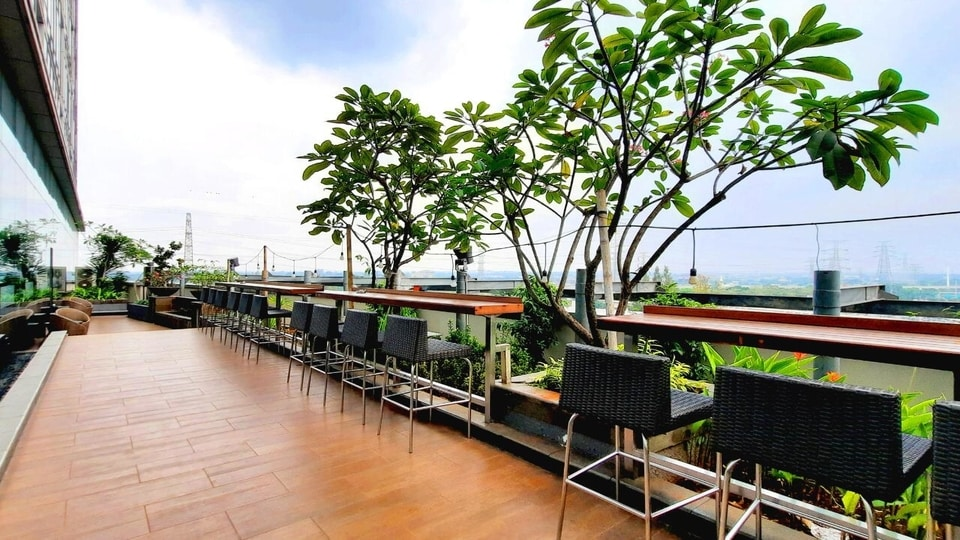 Outdoor Canting Restaurant